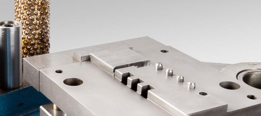 micromec-werkzeugbau-startslider-2